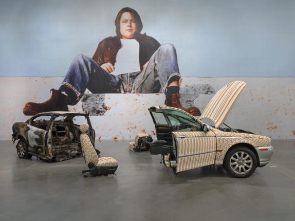 Sarah Lucas: Au Naturel :: New Museum