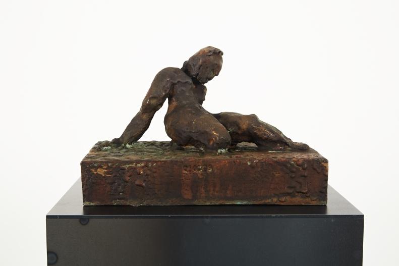 Bronzefrau Nr. 5, Modell